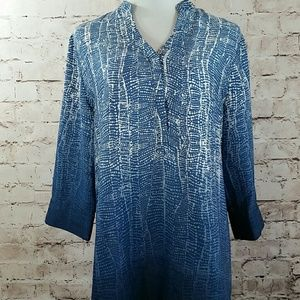 Soft Surroundings ombre blue woman's tunic top